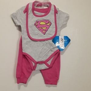 Baby Girl Superman 3 Piece Set New with Tags